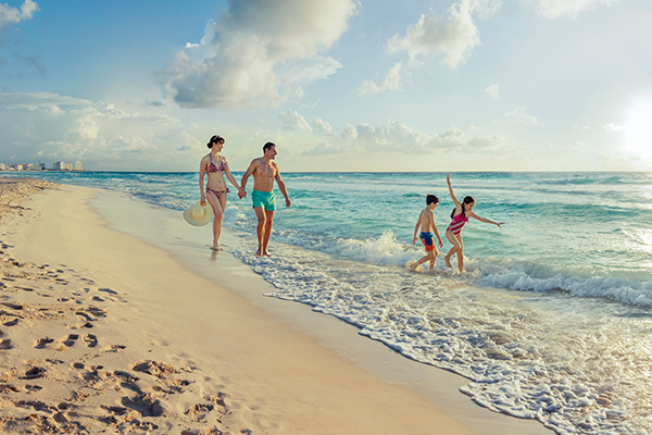 Winter Pre-Sale Up to 60% off + Kids 2x1 Park Royal Hotels & Resorts