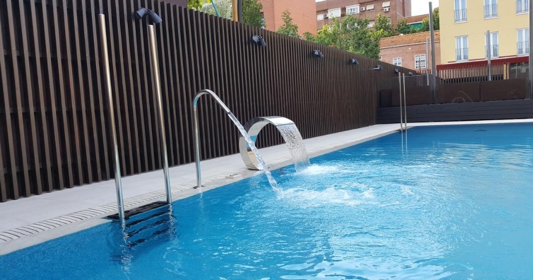 Piscina verano for Piscinas verano madrid