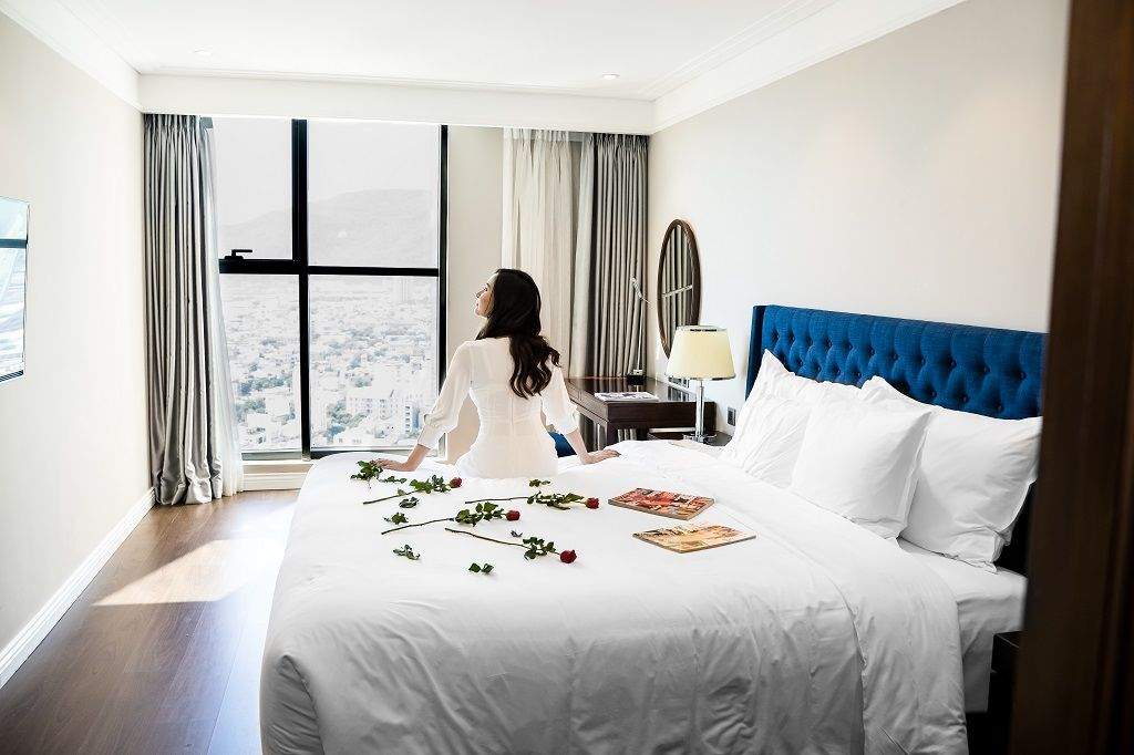 Peace of mind with 40% discount – you can change your stay date for free  altara suites by ri-yaz da nang city