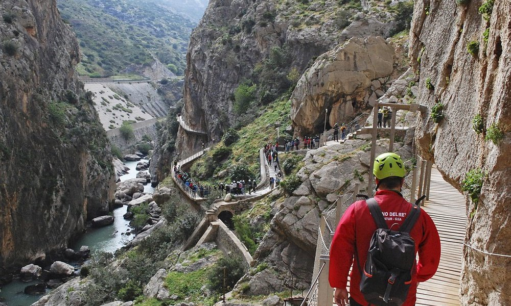Caminito del Rey + Accommodation-Call to reserve at 951 204 564